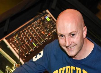 DJ Darragh Jones