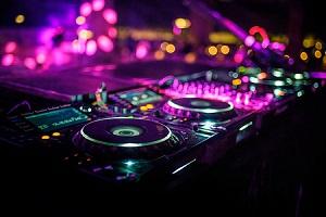 Virtual DJs